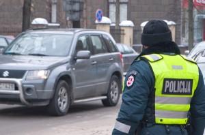 Siadanie za kierownicę po alkoholu jest niewskazane,  a zwłaszcza niebezpieczne!  Fot. Marian Paluszkiewicz