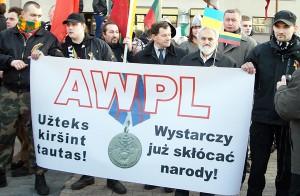 Na marszu nie obeszło się też bez antypolskich haseł Fot. Marian Paluszkiewicz