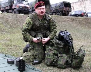 Kpt. Jarosław Dubako mówi, że służba żołnierzy ochotników odbywa się głównie w weekendy, kilkadziesiąt dni w roku  Fot. Marian Paluszkiewicz