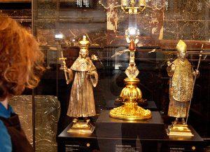 Wśród najważniejszych arcydzieł sztuki sakralnej w muzeum można znaleźć oryginalne relikwiarze św. Kazimierza i św. Stanisława Fot. Marian Paluszkiewicz