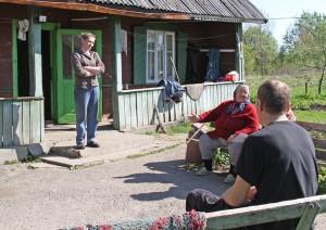 Jadwiga Tyszczuk mieszka z rodziną córki naprzeciwko budującego się Centrum Fot. Marian Paluszkiewicz