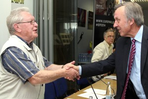 Krytykujący oponentów za komunistyczną przeszłość większość przemawiających (na zdjęciu prof. Romualdas Grigas i prof. Povilas Gylys) również mają bogatą komunistyczną przeszłość Fot. Marian Paluszkiewicz
