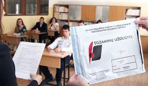 Choć wyniki z egzaminu z języka polskiego nie są uwzględniane przy rekrutacji na studia, uczniowie niezmiennie składają go na maturze  Fot. Marian Paluszkiewicz