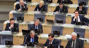 Jednym z argumentów zmniejszenia liczby posłów jest fakt, że Sejm i tak najczęściej pracuje bez obecności na sali znacznej grupy posłów</br> Fot. Marian Paluszkiewicz