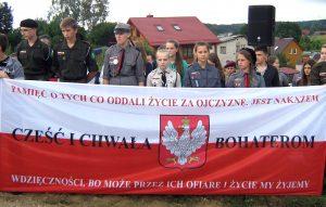 Harcerze z Wileńskiego Hufca Marii zawsze są wierni pamięci narodowej          Fot. Teresa Markiewicz