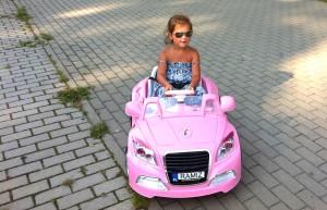 3 minuty dla dzieci jazdy samochodzikiem kosztuje 5 litów Fot. Honorata Adamowicz