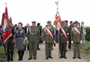 Żołnierze wileńskiego AK na uroczystościach w Krawczunach Fot. Teresa Markiewicz
