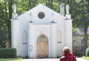 Neogotycka kaplica majątkowa została ufundowana przez hr. Tyszkiewicza Fot. Marian Paluszkiewicz