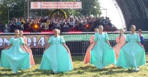 Tradycyjny polonez na otwarcie imprezy  Fot. Alina Sobolewska