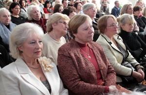 Na spotkanie z okazji jubileuszu stawili się licznie absolwenci szkoły Fot. Marian Paluszkiewicz