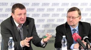 Vitalijus Gailius (od lewej) twierdzi, że znacząco wzrosła wykrywalność przestępstw korupcyjnych w stosunku do stanu sprzed 10 lat Fot. Marian Paluszkiewicz