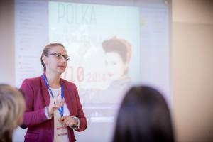 """Poza pracą zawodową i rodziną Aldona Kałuża prowadzi szereg inicjatyw społecznych. Tu na konferencji """"Polka Europejka"""" w Tuluzie (2014 r.)     Fot. archiwum"""