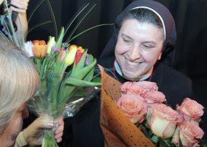 Morze kwiatów dla tegorocznej zwyciężczyni Fot. Marian Paluszkiewicz