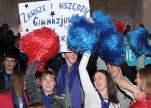 Każda drużyna zobowiązana była zorganizować grupę poparcia na koncert finałowy, liczba kibiców nie mogła przekroczyć 40 osób.  Fot. Marian Paluszkiewicz