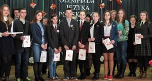 Uczestnicy olimpiady z rejonu wileńskiego wraz ze swymi polonistami Fot. Marian Paluszkiewicz