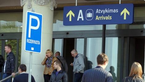 Każdy mieszkaniec Litwy, pracujący za granicą, powinien zadeklarować swe dochody                                Fot. Marian Paluszkiewicz