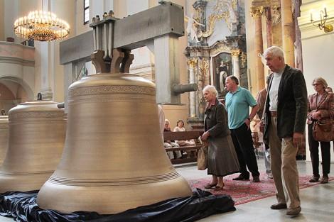 Carillon — gigant wileński, jeden z 61 dzwonów, waży 3 360 kilogramów Fot. Marian Paluszkiewicz
