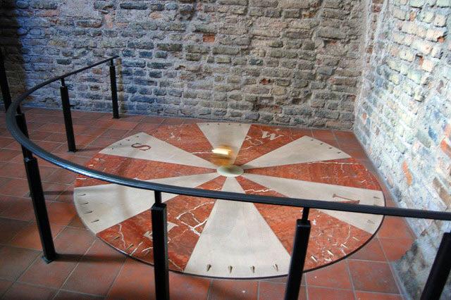 Z dzwonnicy kościoła pw. św. św. Janów — piękny widok Starówki wileńskiej