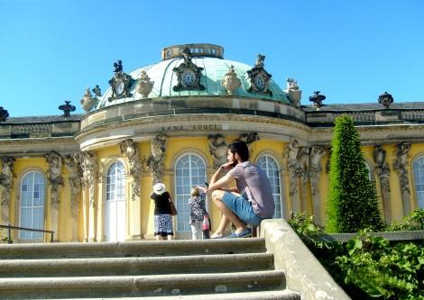 Okazały Pałac Sanssouci w Poczdamie Fot. Janina Biesiekierska