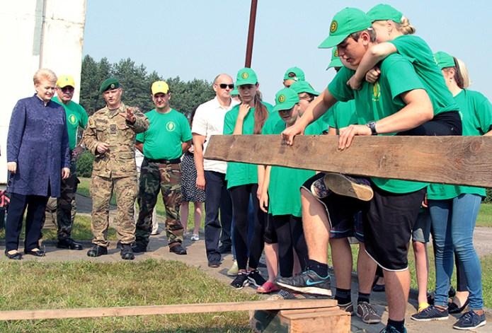 Prezydent Grybauskaitė odwiedziła obóz młodzieżowy w rejonie solecznickim