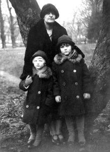 Żona Karola Wagnera z dziećmi Fot. archiwum rodzinne Tadeusza Siedleckiego