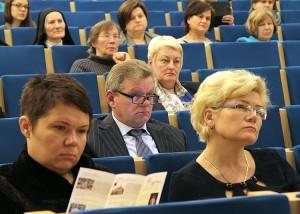 Udział w konferencji wzięli księża, siostry zakonne, posłowie AWPL, radni samorządów i nauczyciele                         Fot. Marian Paluszkiewicz