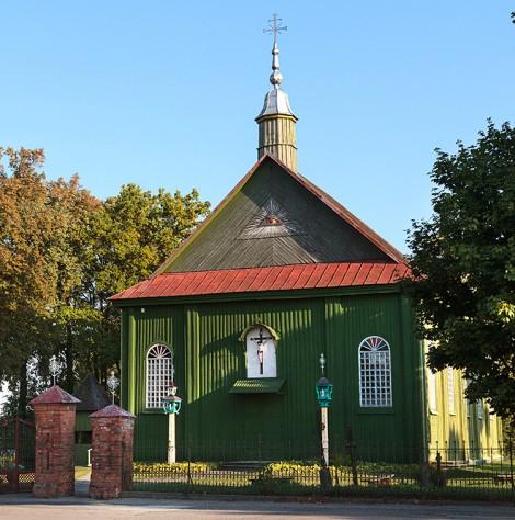 Do niedawna Babcin na Kowieńszczyźnie był nazywany polską stolicą, o czym dziś świadczą jedynie polskie epitafia na grobach na przykościelnym cmentarzu Fot. Marian Paluszkiewicz