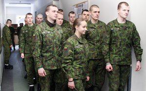 Na razie Aleksandra Orlauskaitė jest jedyną dziewczyną w batalionie sztabu wojskowego im. WKL Giedymina Wojska Litewskiego Fot. Marian Paluszkiewicz