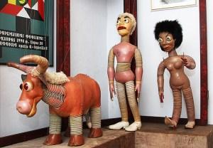 W teatralnym muzeum można obejrzeć najstarsze litewskie marionetki stworzone przez Stasysa Ušinskasa Fot. Marian Paluszkiewicz