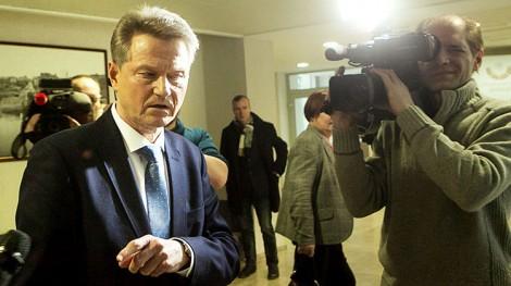 Rolandas Paksas zorganizował w Sejmie konferencję prasową, podczas której oświadczył, że znalazł się na celowniku służb specjalnych na zamówienie konkurujących sił politycznych Fot. ELTA