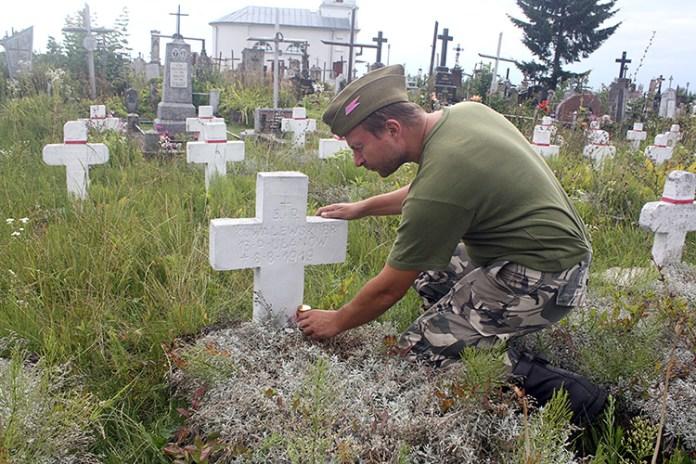 """""""Patrol ułański"""": Szlak żołnierski grobami znaczony (2)"""