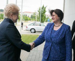 Prezydent Dalia Grybauskaitė i Przewodnicząca Sejmu Litwy Loreta Graužiniene Fot. ELTA