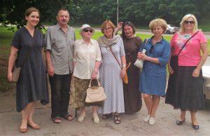 Uczestnicy konsultacji w sprawie planowanej przez Samorząd Miasta Wilna renowacji cmentarza Rossy                                Fot. autor
