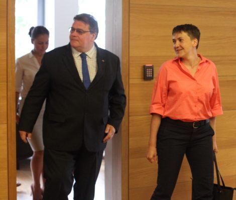 Nadia Sawczenko, ukraińska wojskowa, porucznik, pilot nawigator, posłanka do Rady Najwyższej Ukrainy, 10-11 lipca odbyła wizytę na Litwie Fot. ELTA