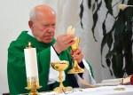 """""""Nielegalny"""" ksiądz i """"nielegalny"""" biskup. Święcenia na przekór prawu"""