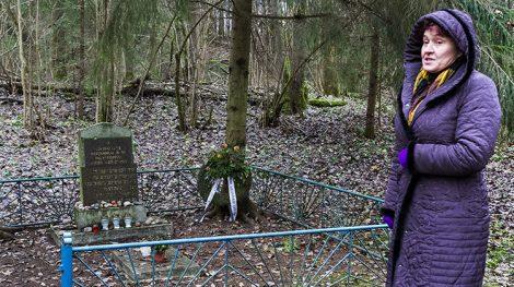 W tym miejscu we wrześniu 1941 r. zostało zamordowanych 1 159 osób. Byli to Żydzi z Turgiel i Nowej Wilejki. Ponad połowa z nich to kobiety i dzieci Fot. Marian Paluszkiewicz
