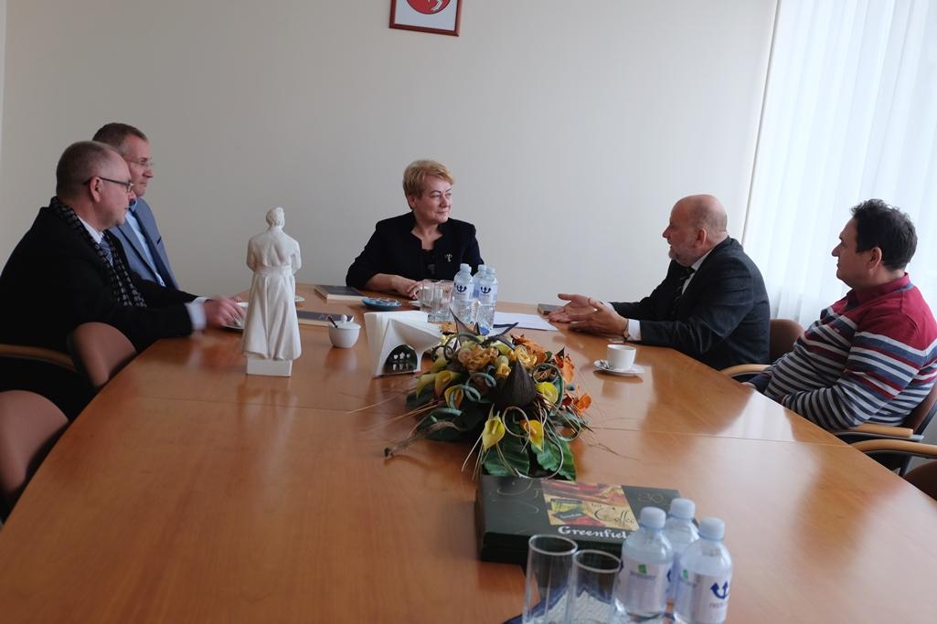 W trakcie spotkania omówiono możliwości oraz kierunki dwustronnej współpracy Fot. vrsa.lt