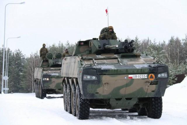 Batalion przywiózł ze sobą kilka transporterów opancerzonych Fot. zw.lt