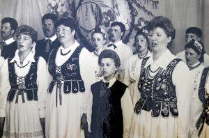 Występ w Powiewiórce w rejonie święciańskim w 1998 roku Fot. archiwum zespołu