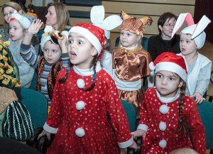 Dzieci mocno przeżywały to, co się działo na scenie Fot. Marian Paluszkiewicz
