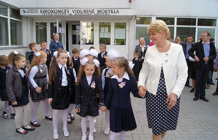 Spośród polskich szkół w zaszczytnej czołówce znalazła się Szkoła Średnia im. Władysława Syrokomli Fot. Marian Paluszkiewicz