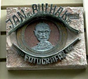 Tablica pamiątkowa Jana Bułhaka Fot. archiwum