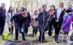 """Prezydent Grybauskaitė rozpoczęła wiosenną akcję sprzątania """"Darom"""""""