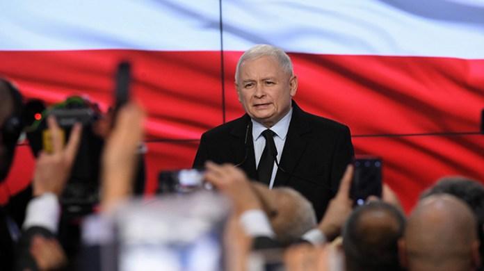 Zwycięstwo PiS w wyborach parlamentarnych w Polsce
