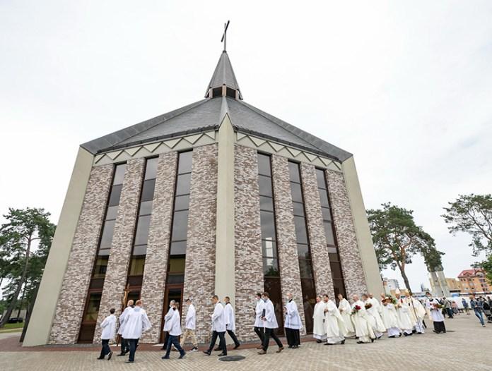 Ten kościół to znak wspólnoty. Konsekracja świątyni w Grzegorzewie