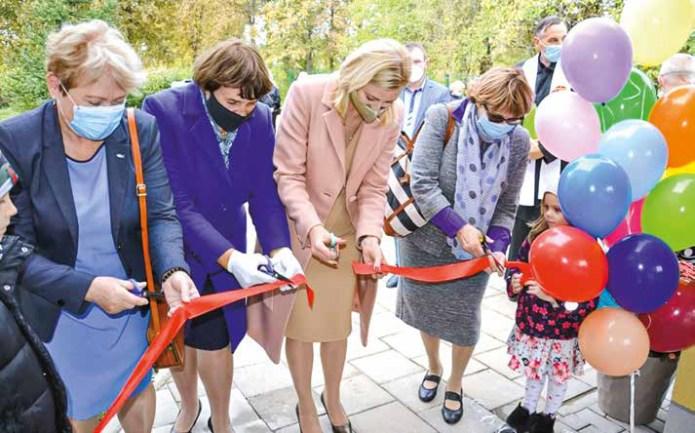 Otwarto budynek przedszkolny Szkoły Podstawowej im. św. Faustyny Kowalskiej w Rzeszy