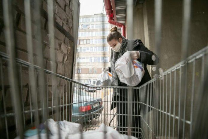 Wilno: podczas kwarantanny miasto będzie dostarczać żywność seniorom