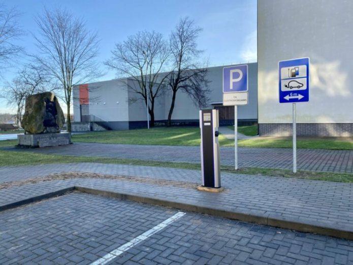 W Solecznikach stanęła stacja ładowania samochodów elektrycznych