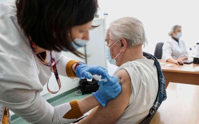 Brakuje danych dot. szczepień — przez awarię systemu