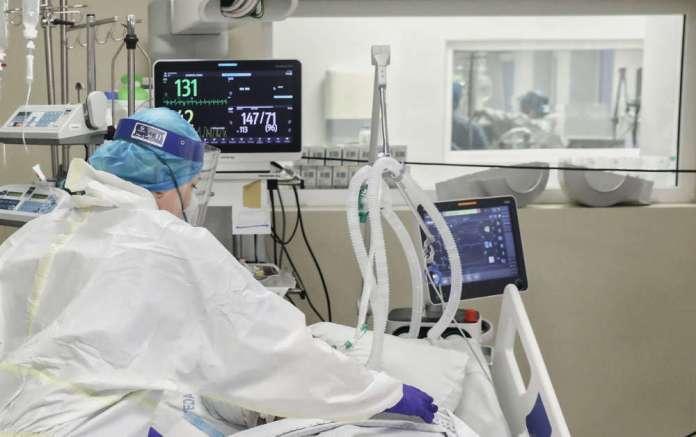 COVID: 426 nowych przypadków, 7 zgonów, odsetek pozytywnych testów poniżej 10 proc.